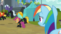 Scootaloo leaving with the Washouts S8E20
