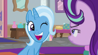 Trixie winks at Starlight a third time S9E20