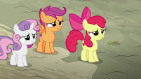 Cutie Mark Crusaders about to laugh S7E8