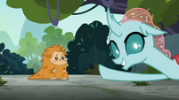 Ocellus pointing at the puckwudgie S8E2