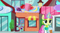 Smoothie store in Sire's Hollow S8E8