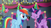 """Twilight """"wanted to throw you a real party"""" S6E7"""