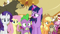Twilight --who enjoys them and who doesn't-- S6E15