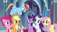 Twilight Sparkle's friends support her S9E1