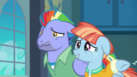 Windy Whistles wipes her tears away S7E7