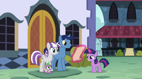 Young Twilight presents her report card S9E4