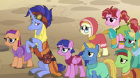 Hoo'Far and Somnambulans uncomfortable S8E19