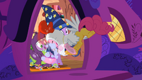 Pinkie Pie pecking the candy bowl S2E4