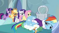 Rainbow's friends enter her bedroom S5E5