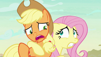 "Applejack ""little somethin' to be scared of"" S8E23"