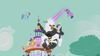 Mane Six fight the bugbear at Carousel Boutique S5E9