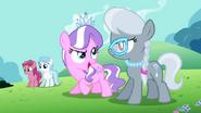 S02E06 Tiara i Spoon naśmiewają się z Apple Bloom