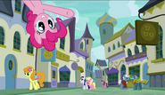 S06E12 Pinkie Pie pyta się, do której restauracji idą