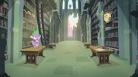 Spike -wants to make a creative contribution- S4E23