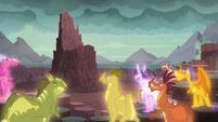 Dragons gathering around S6E5