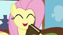 """Fluttershy """"hooray!"""" S5E23"""