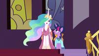 Princess Celestia talking with Twilight S5E7