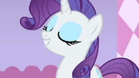 Rarity proud smile S1E23