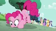 S05E19 Pinkie wywąchuje kolejną zagadkę