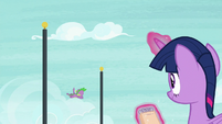Spike swerving around flagpoles S8E24