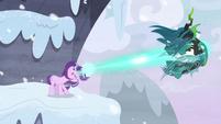 Starlight blasts Queen Chrysalis away S9E24