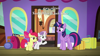 """Sweetie Belle """"don't need to come with us"""" S8E6"""