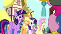 """Twilight Sparkle """"we all support you"""" S8E18"""