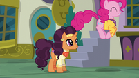 Pinkie bouncing up and down as she sings S6E12