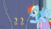 Rainbow Dash about to leave S6E7