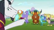S08E01 Neighsay wskazuje na władców