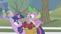 "Spike shrugging ""what?"" S1E03"