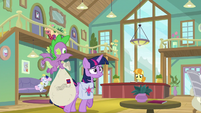 Twilight and Spike enter Silver Stable S9E5