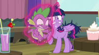 Twilight levitates Spike over to her S9E16