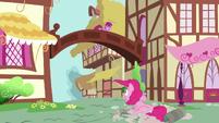 Pinkie returns to Ponyville S5E11