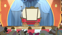 The spotlight pointing at a cart S4E20