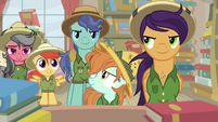 Daring Do fans insulting A. K. Yearling S9E21
