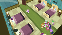 Flurry flying out of the sick foals' room S7E3