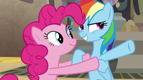 """Rainbow Dash """"separate the Sister Crown Relics"""" S7E18"""