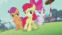 Apple Bloom -Don't listen to her!- S5E18