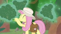 Fluttershy luring the fly-ders away S9E21