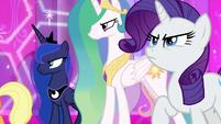 Luna, Celestia, and Rarity stand in solidarity S9E24