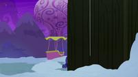 Pinkie Pie infiltrates Yakyakistan from underground S7E11