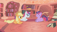 Twilight, Rarity, and Applejack are happy S1E8