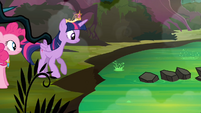 Twilight about the cross the creek S4E02