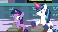 Young Shining Armor doing pottery S9E4