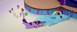 Dash drags Twilight and Spike into the sky MLPTM