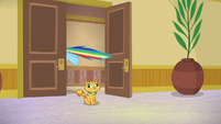 Rainbow speeds out of the hotel room S8E5