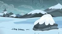 Spike falls through the snow S6E16