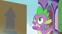 Spike looking excitedly at the package S9E5