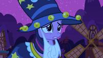 Twilight approaching the despondent princess S2E04